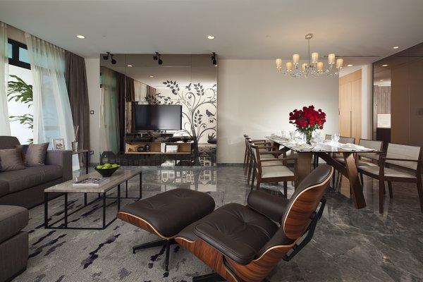 SINFRV_73135059_Penthouse_Living_Dining_Area_600x400.jpg